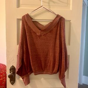 Long sleeve light maroon sweater